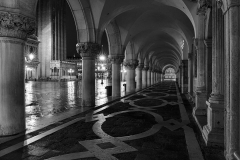 Venezia, Colonnade Palazzo Ducale