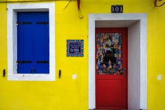 Burano, Venezia, house with yellow walll